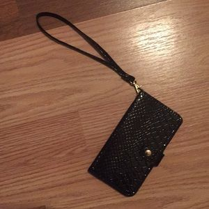H&M I-Phone 6 Wristlet with card holder, black